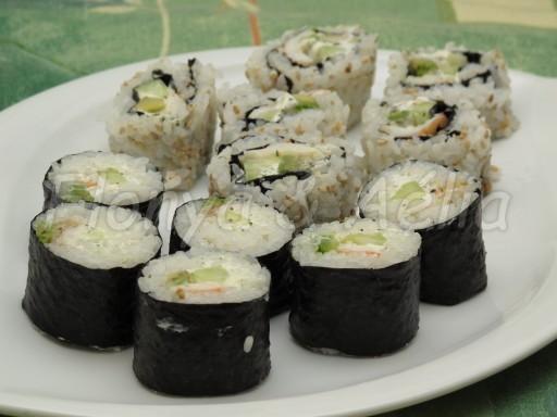 Maki Avocat - concombre - crevette